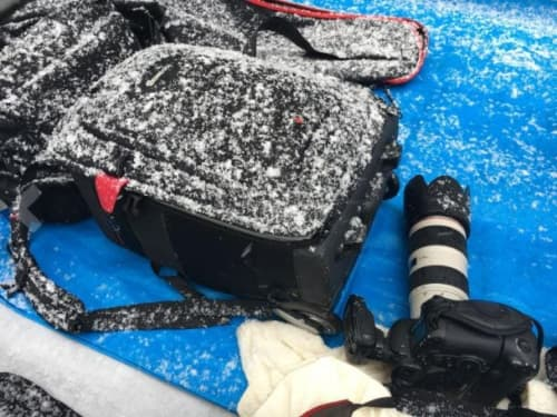 雪の中での撮影でも機材を立派に守り抜いてくれました♪